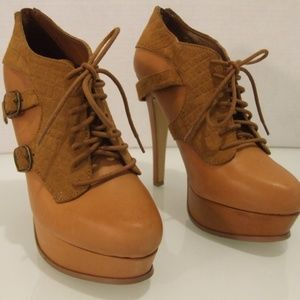 Bakers Women's Size 8 Shoes Brown Leather Lace Up